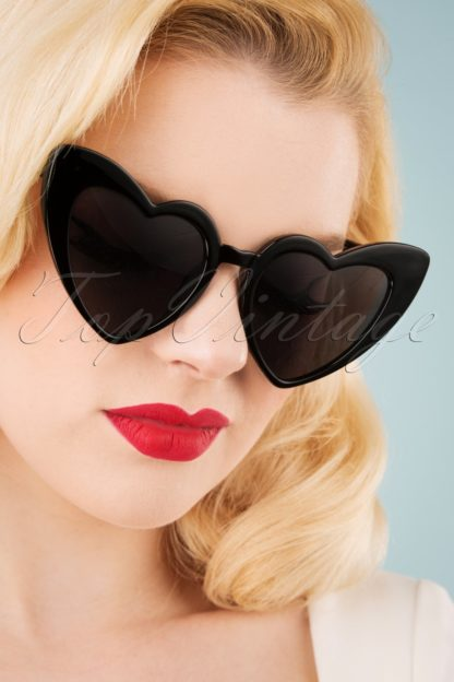 50s Love Is In The Air Sunglasses in Black