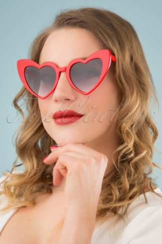 50s Love Is In The Air Sunglasses in Red