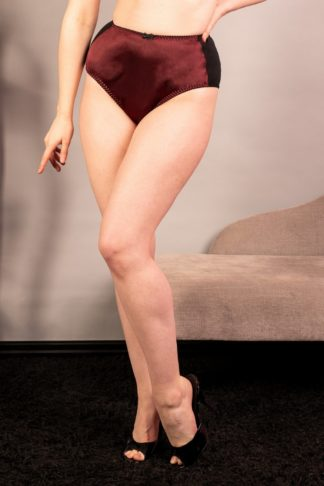 50s Obsession High Waist Knickers in Wine