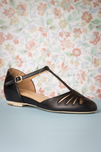 50s Singapore T-Strap Flats in Black