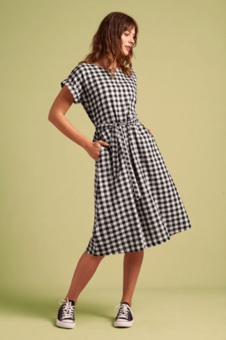 60s Betty Legend Dress in Black and White