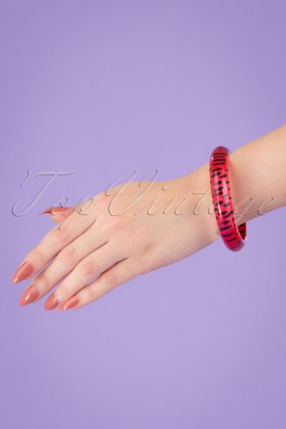TopVintage Exclusive ~ 60s Leopard Bangle in Red