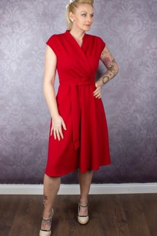 Very Cherry Kleid - Cross Over Red Crepe von Rockabilly Rules