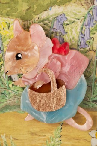 TopVintage exclusive ~ 60s Mrs. Tittlemouse Brooch