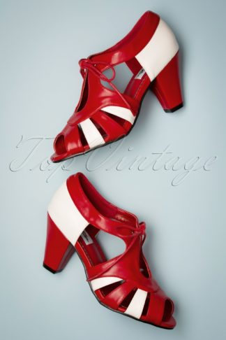 30s Manila Pumps in Red and White