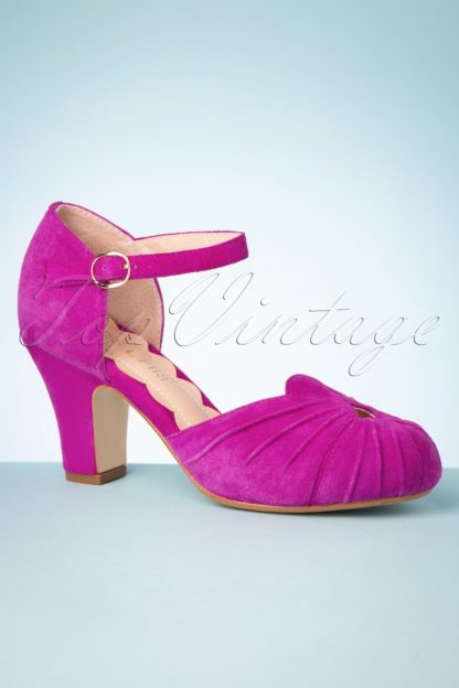 40s Amber Mary Jane Pumps in Magenta