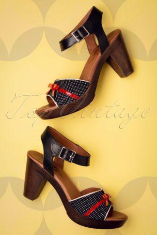 60s Karina Leather Platform Sandals in Black