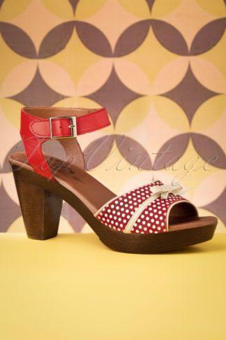 60s Karina Leather Platform Sandals in Red