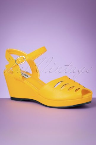 60s Lily Wedge Sandals in Yellow