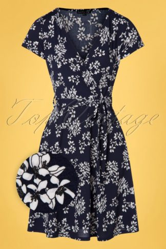 60s Arya Floral Dress in Navy and White