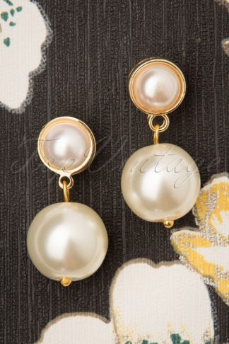 50s Classy Pearl Earrings in Ivory