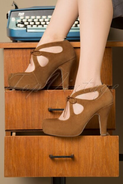 40s Angie After Work Secretary Pumps in Cognac