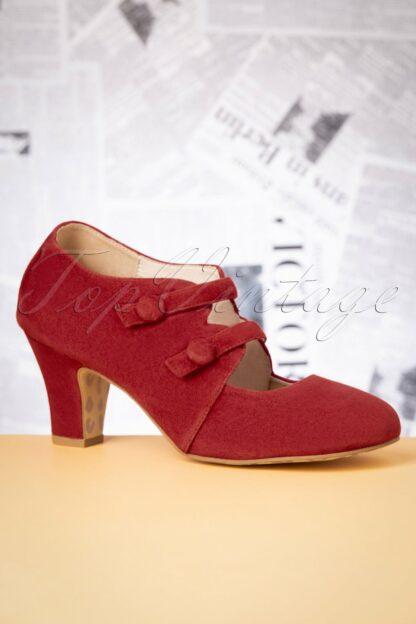 40s Ava Means Business Pumps in Warm Red