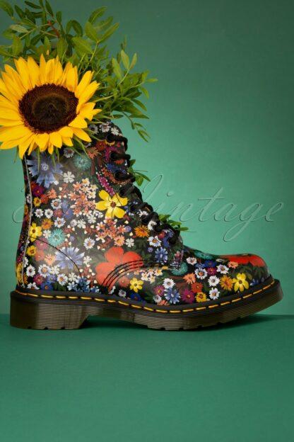 1460 Wanderlust Backhand Boots in Black