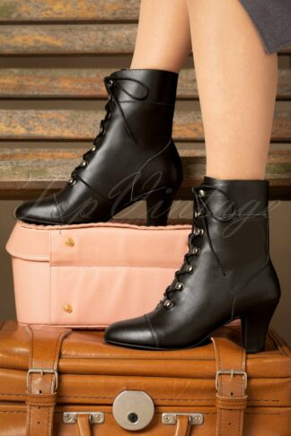 40s Ava On My Way Lace Up Booties in Black
