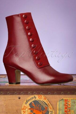 40s Former Times Leather Booties in Passion Red