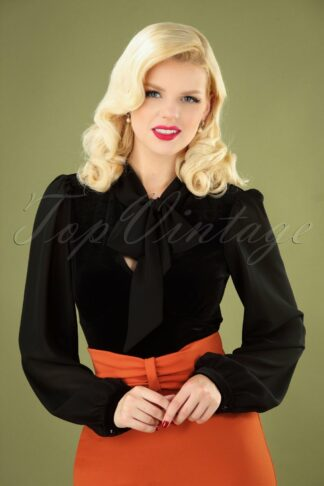 50s Gabriella Velvet Top in Black