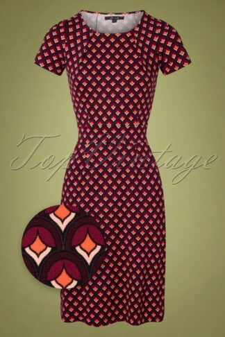 60s Mona Pose Dress in Grape Red