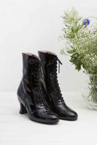 40s Frida Lace Up Booties in Patent Black