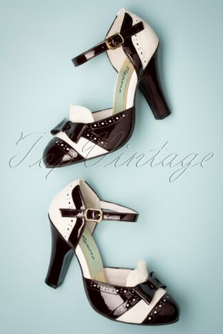 50s June Festive Mary Jane Pumps in Cream and Chocolate