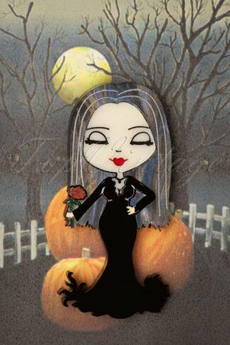 Morticia Brooch in Black