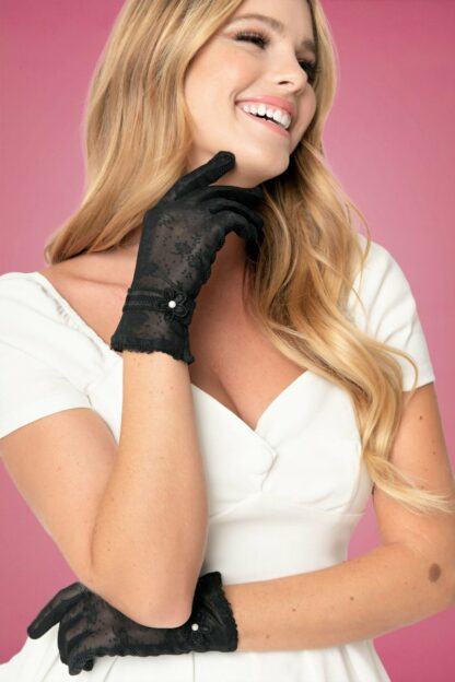 40s Mesh and Pearl Wrist Gloves in Black