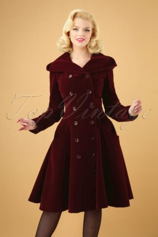 50s Heather Hooded Quilted Velvet Coat in Wine