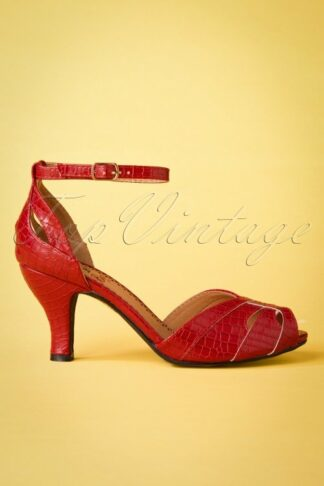 50s Indescreet Sandals in Red
