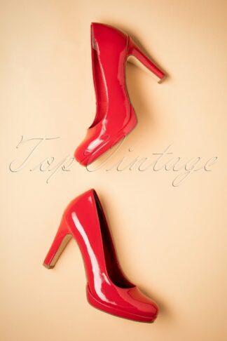 50s Katie Laquer Pumps in Vibrant Red