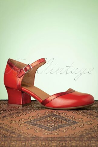 60s Fleet Leather Pumps in Scarlet Red