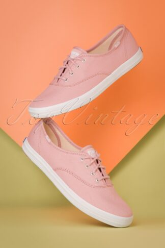 50s Champion Core Seasonal Sneakers in Pale Mauve Pink