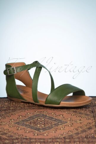 70s Aster Sandals in Kiwi Green