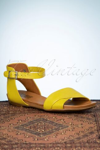 70s Avon Sandals in Yellow